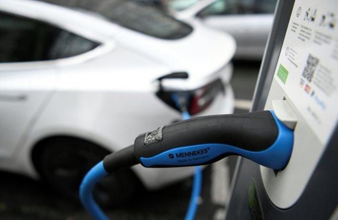 Un bonus de 1000 euros pour les voitures électriques d'occasion